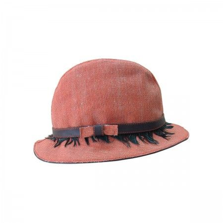 Hat Fedora With leather finishing and feathers.