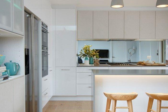 Nick and Chris Reno Rumble Freedom Kitchens Sleek Concrete (3)