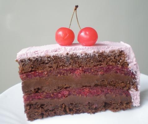 Baron torta sa malinama...mmm :DSa Malinamammm