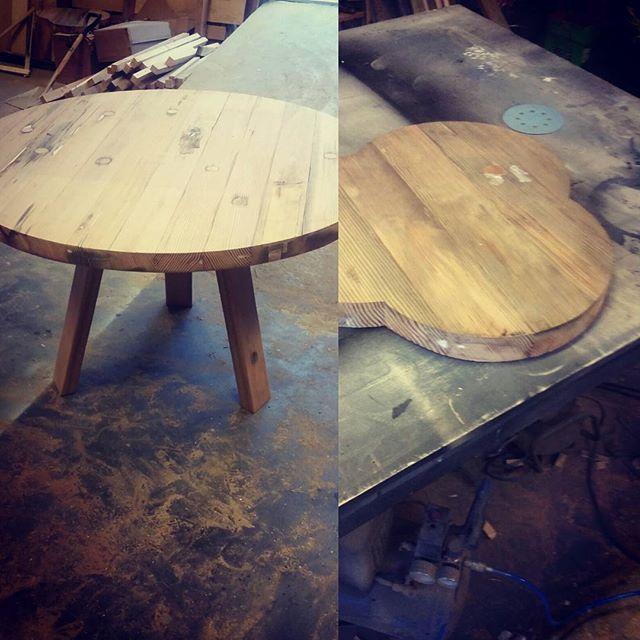 Siste finish til @designerssaturday_oslo noen nye modeller og annet lekkert. Du finner oss sammen Varier furniture i Jakobskirken. #SSNorway #håndlagetavoss #barefordeg #bærekraftig #kortreist #allemål www.drivved.no