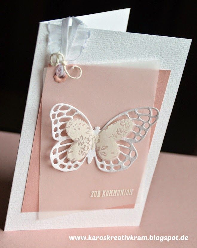 Schmetterlinge in Kirschblüte zur Kommunion