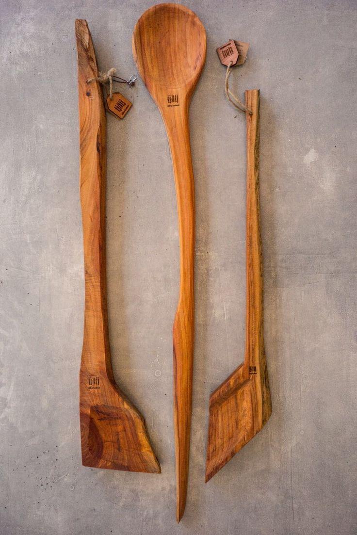 Cucharas de Mañio chilota. Formato 1,5 mts. Pedidos a unudelaisla@gmail.com