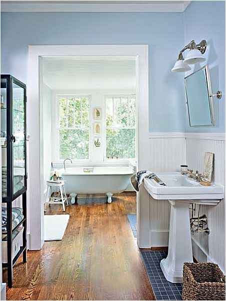 country cottage bathroom ideas 25 best ideas about small cottage bathrooms on 16904