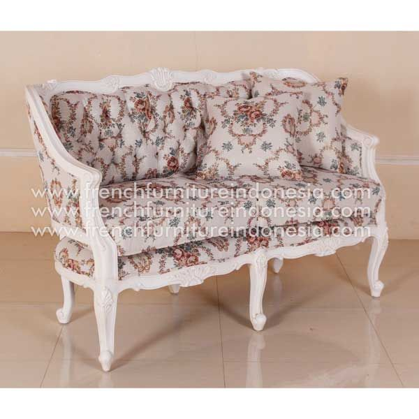 Buy Madame Ivanne Sofa 2 Seater from French Furniture Style. We are reproduction furniture 100% exporter Furniture manufacturer with french furniture style and good quality finishing. #ExporterFurniture #WholesaleFurniture #SupplierFurniture #IndonesiaFurniture #ApartmentProject