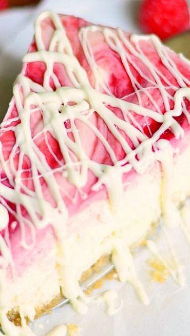 ♔ White Chocolate Raspberry Swirl Cheesecake