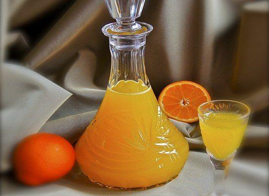 Рецепт мандариновкиВам понадобится:мандарины - 1,5 кг.сахарный песок - 200 г.водка - 1 л.половина палочки ванилиполовина лимонаПоехали дальше:Мандарины помыть и очистить (оставить кожуру от 3 мандарин…