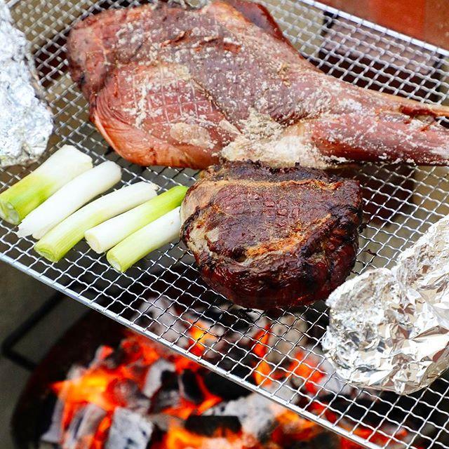おはようございます!GW後半ですね( ー̀дー́ )じ・つ・は、本日エデュテイメントリゾート朝来ASAGOでは、「ウェルカム鹿肉カムカム」イベントを開催いたします( ・ᴗ・ )⚐⚑地元の鹿肉を大盤振る舞い!当ホテル自慢の天空テラスで地元の鹿肉に舌鼓はいかがですか(◦ˉ ˘ ˉ◦) いいね!と思ったらシェア|•'-'•)و✧ ⚐オンライン予約はコチラ⚑ https://www.edr-asago.jp/stay/ #ジビエ #gibier #鹿 #肉 BBQ #バーベキュー #子供とお出かけ #アウトドア #エデュテイメントリゾートASAGO #朝来 #竹田城跡 #天空の城 #日本のマチュピチュ #関西 #家族 #旅行 #デート #子連れ #レジャー #遊べる #ホテル #宿泊 #観光 #エデュテイメント #takedacastle #japan #hyogo #asago #hotel #stay