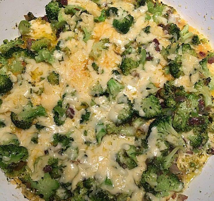 Zutaten 400 g Brokkoli, frisch oder TK 3 Ei(er) 1 Zwiebel(n) 50 g…