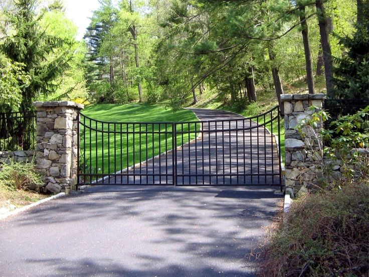 42 Best Wrought Iron Driveway Gates Images On Pinterest