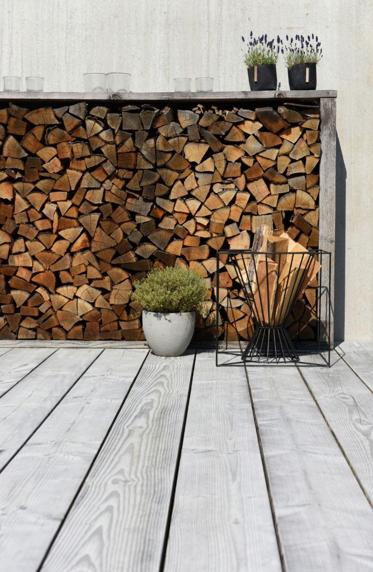Die Terrassendielen von pur natur gehören zu den nachhaltigsten auf dem Markt. Die Terrassenbretter bestehen aus Douglasienholz aus dem Schwarzw …
