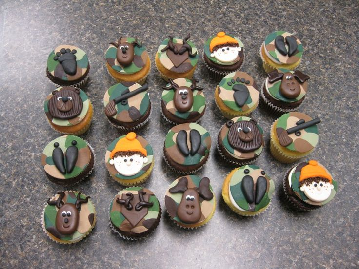 Hunting Cupcakes perfect for rileys birthday since he wants a hunting party