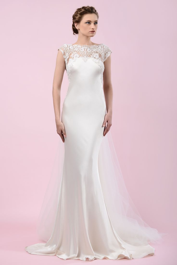 W15 4172 | Available at Pearl Bridal House