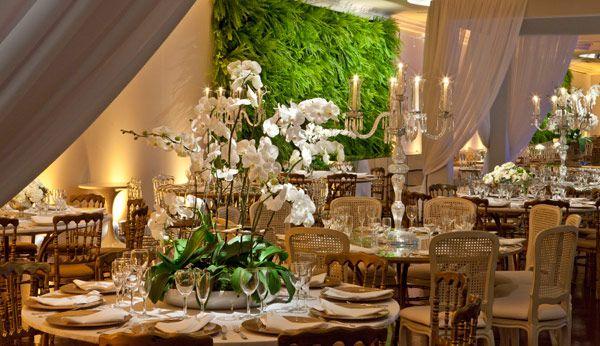 Casamento verde, branco e dourado | Constance Zahn - Blog de casamento para noivas antenadas.