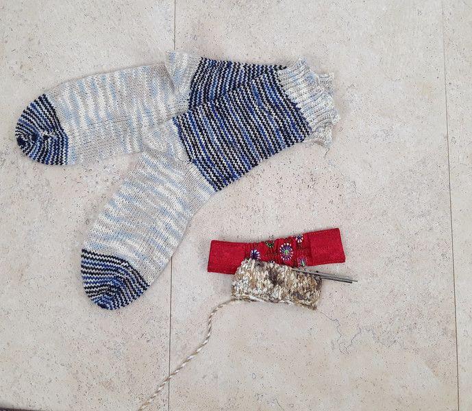 Universaltäschchen - Nadelgarage Nadelspielhalter Stricknadeltasche - ein Designerstück von Kaepseles bei DaWanda