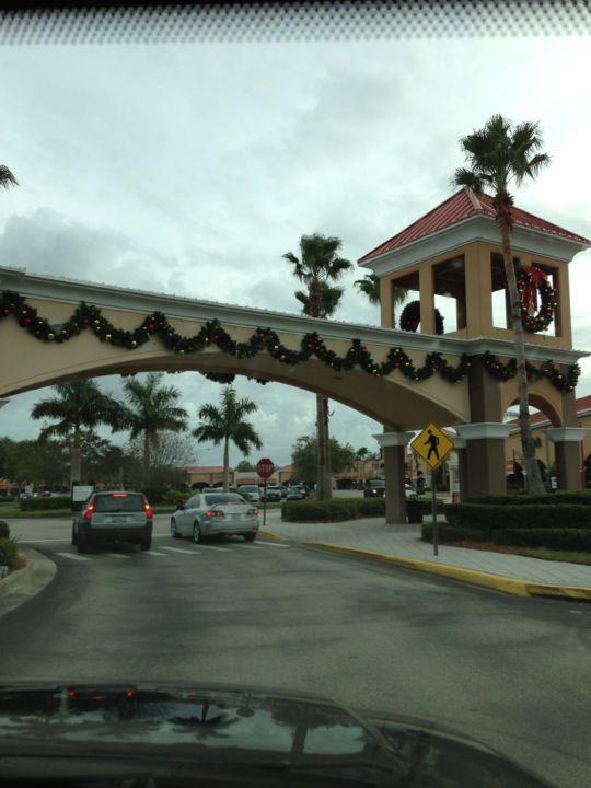 Vero Beach Outlets in Vero Beach, FL
