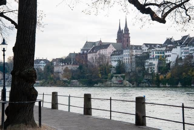 This Swiss City Is Offering Tourists Massive Travel Discounts in 2018 Similarly, the 50 percent discount extends to guided tours through Basel's historic city center, tickets for the zoo, sightseeing buses, and a boat trip or ferry across the Rhine. This new tourist law isn't very surprising for Basel, as Christoph ...