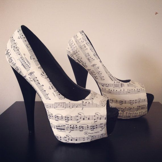 musical note shoes by customshoegeekness on Etsy, £35.00