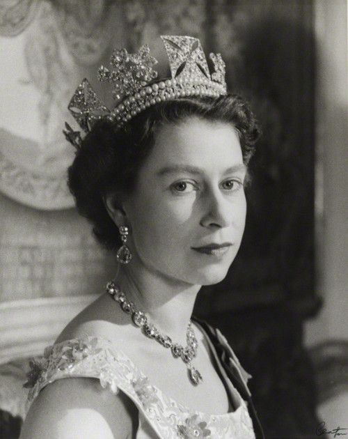 The Queen wearing the royal diadem tiara...my favorite.
