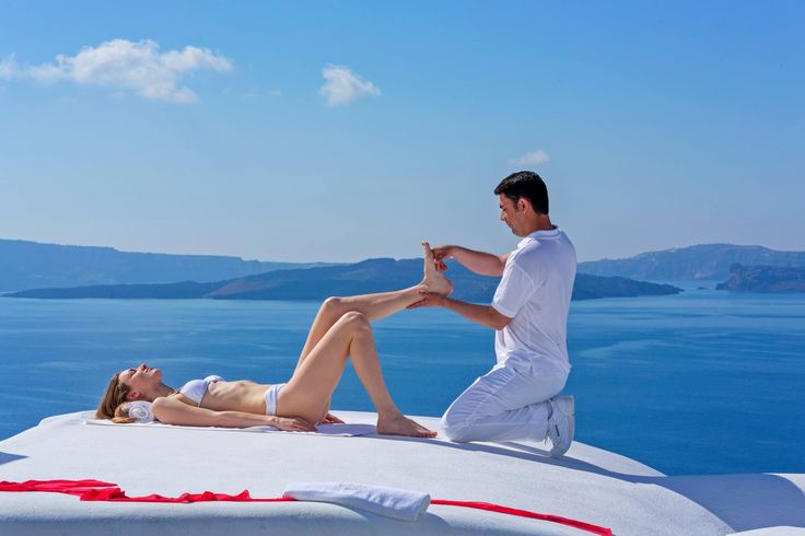 Awake all of your #senses at the Andronis Boutique Hotel by #AndronisExclusive #spa services. #Santorini