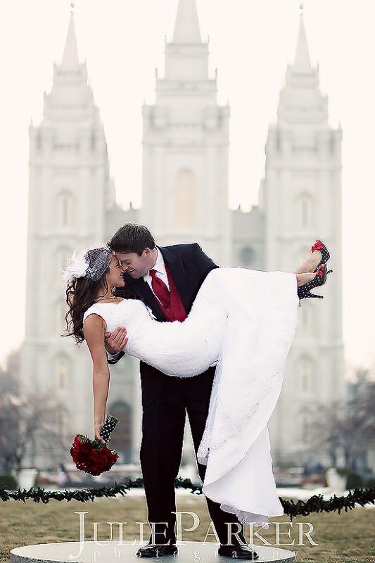 <3: Polka Dots, Dreams Wedding, Precious Pictures, Wedding Dresses Sleeve, Wedding Pictures, Temples Pictures, Salts Lakes Temples, The Dresses, Temples Marriage