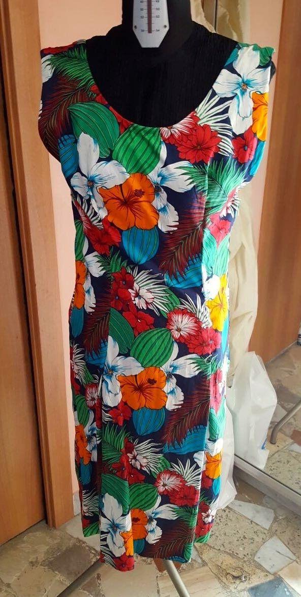 Prenota on line e indossa in negozio presso l'Atelier Alta Moda Lady R di Napoli.Si paga al ritiro in negozio previa prenotazione online