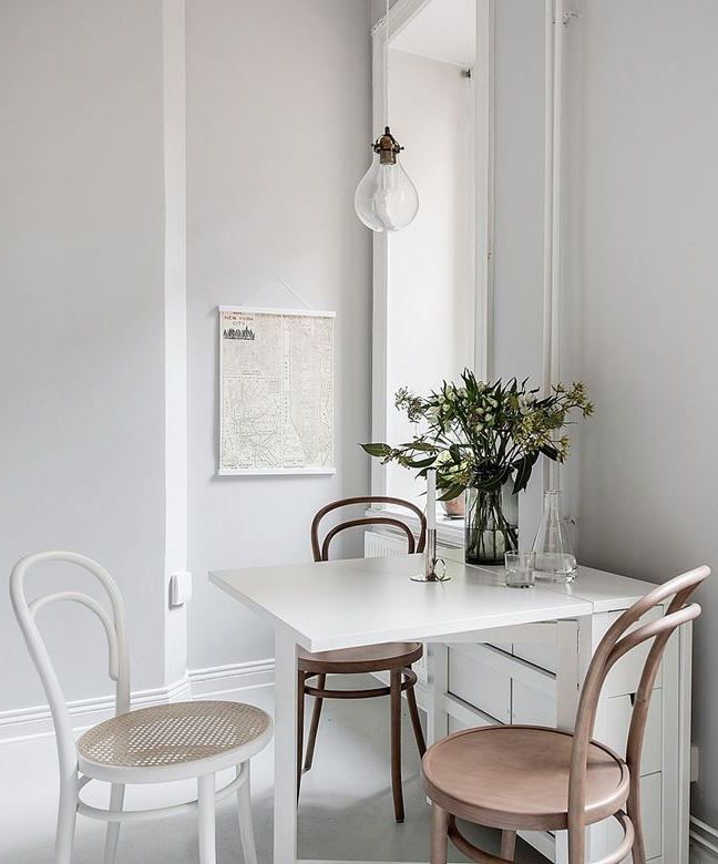 Bright living space - via Coco Lapine Design blog