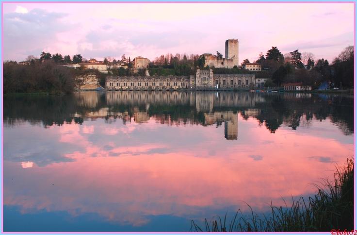 Trezzo sull'Adda, Centrale Taccani e Castello al tramonto / Centrale Taccani and castle at sunset