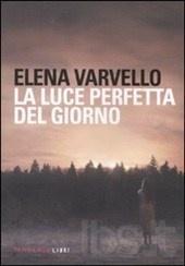 Non c'è un vero ciclo stagionale in La luce perfetta del giorno di Elena Varvello, (Fandango 2011), ma un rincorrersi perenne e continuo di estati calde e afose e di inverni ventosi e innevati...(Giuditta)