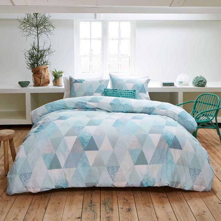 ber ideen zu bettw sche modern auf pinterest graue bettw sche polsterbett und jalousien. Black Bedroom Furniture Sets. Home Design Ideas