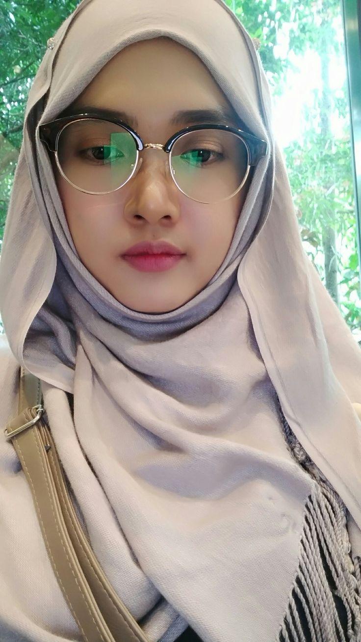 Pin oleh Binsalam di hijab cantik   Kecantikan, Jilbab