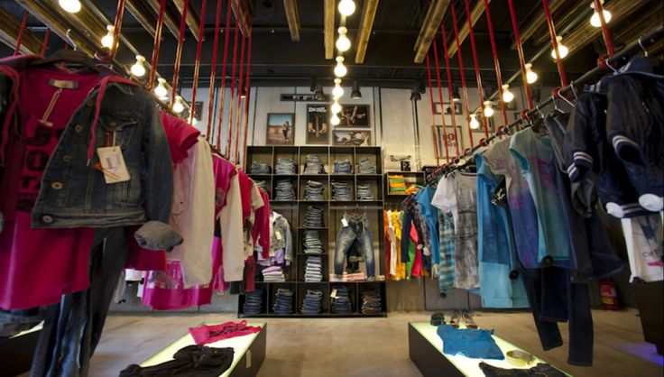 Staff Jeans & co : Ξύλινες ειδικές κατασκευές, έπιπλα, οροφές, συρταριέρες και ραφιέρες για το Staff Jeans & co στο Mediterranean Cosmos. - See more at: http://masterwood.gr/portfolio/staff-jeans/#sthash.1ephNejo.dpuf
