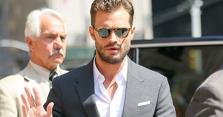 Jamie Dornan Life: New HQ Pictures of Jamie Arriving for Taping of The Late Show with Stephen Colbert