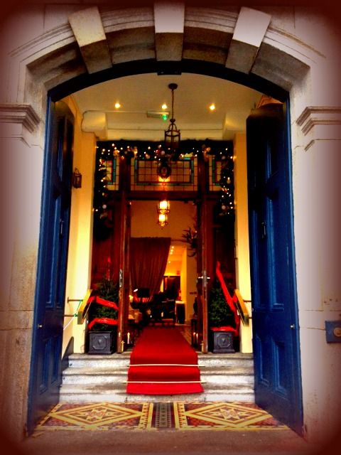 The elegant and sophisticated red carpet entrance to the Stephens Green Hibernian Club