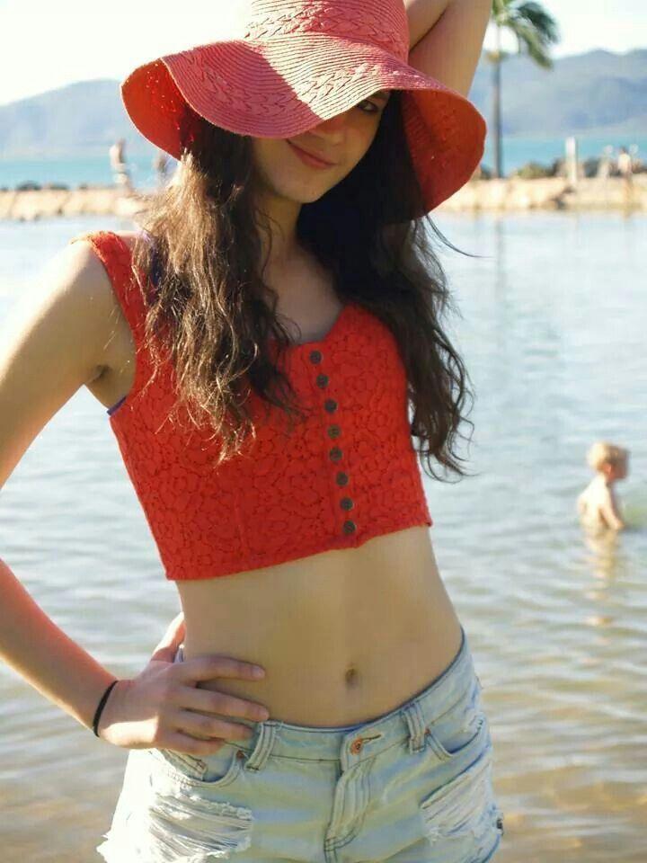 Model: @bubblegumgirl34 Stephanie Coffey