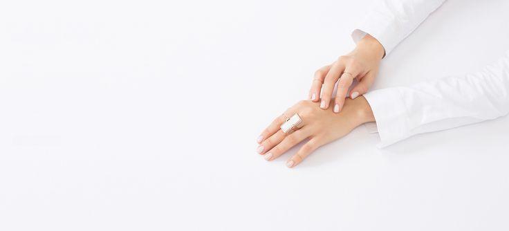 Cleopatra Ring Rose Gold & White