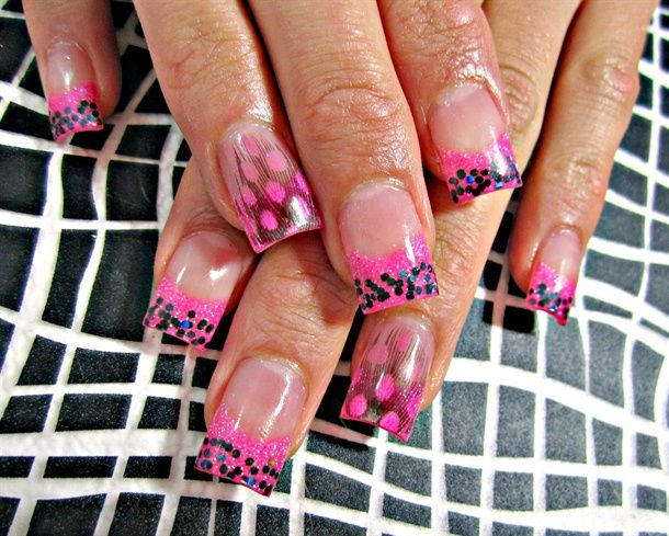 Foxy Feathers - Nail Art Gallery by NAILS Magazine