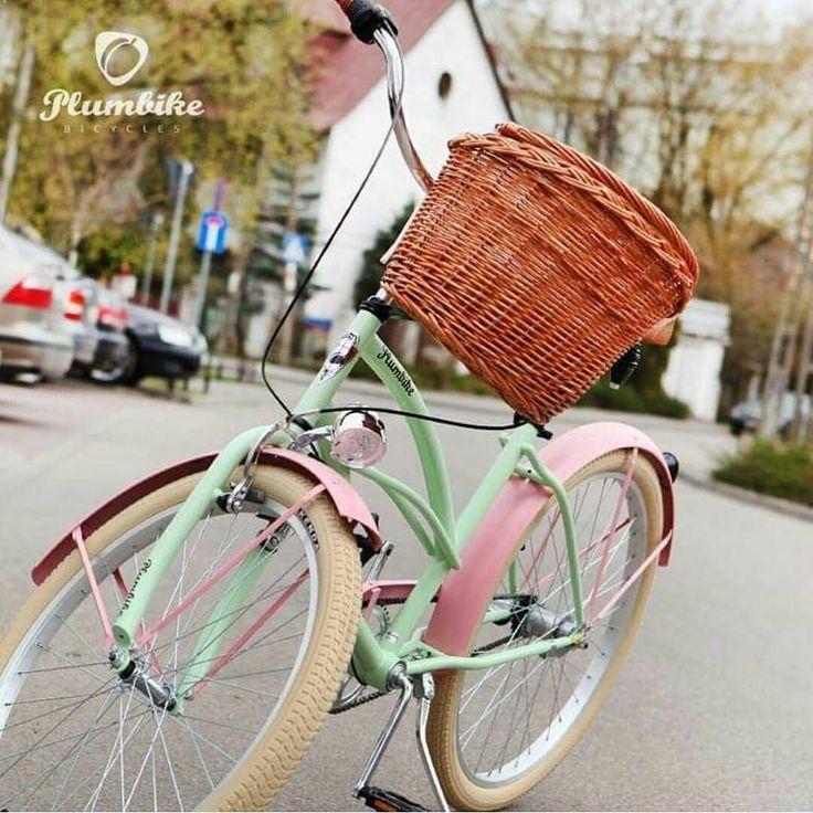 En la foto modelo ROSALIA disponible en nuestra tienda Bicicleta de mujer Grazia Rosalia