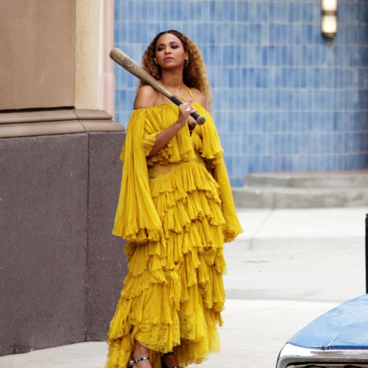 Beyonce's Iconic Lemonade Album Carlin, S., Beyonce Little Girl Halloween Lemonade Costume, Beyonce • Entertainment • Halloween • Pop Culture, Carlin, W. B., & HBO., P. C. (2016, October 29). This Little Girl's Beyoncé Costume Is Way Better Than Yours. Retrieved December 06, 2017, from http://www.refinery29.com/2016/10/128065/beyonce-halloween-costume-kylie-rae-brooks