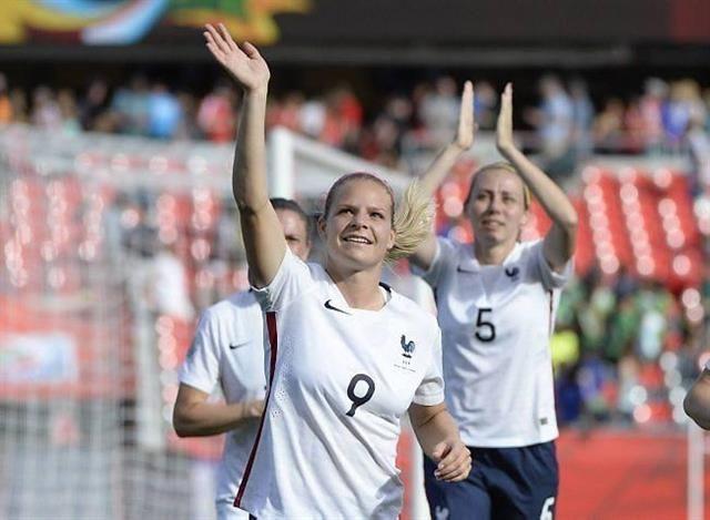Eugénie Le Sommer a disputé ses premiers Jeux Olympiques à Londres en 2012. L'été prochain, elle renouvellera l'expérience à Rio dans un pays qui vit pour le football. Archives Eric Bolte