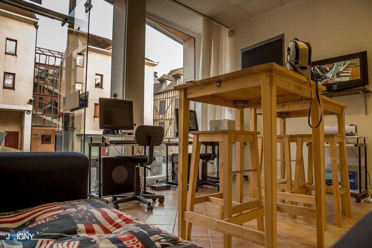 LC multimedia, votre cybercafé sur la place Jean de Joigny