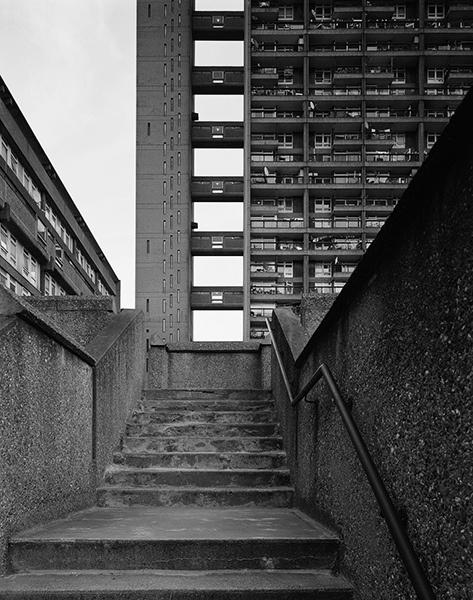 TRELLICK TOWER | NORTH KENSINGTON | ROYAL BOROUGH OF KENSINGTON & CHELSEA | LONDON | ENGLAND: *Architect: Erno Goldfinger; Style: Brutalist; Completed: 1972; 31 Storeys; 98m tall; Grade II listed*