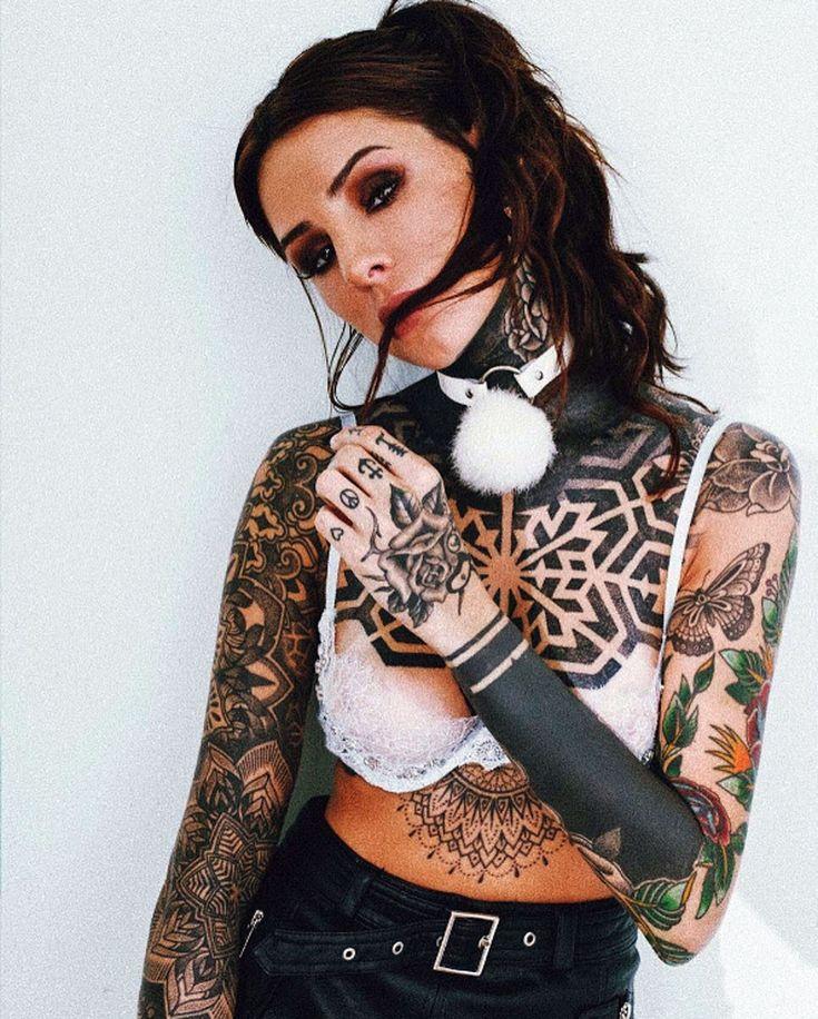 Candelaria Tinelli le contagió a su mamá el gusto por los tatuajes