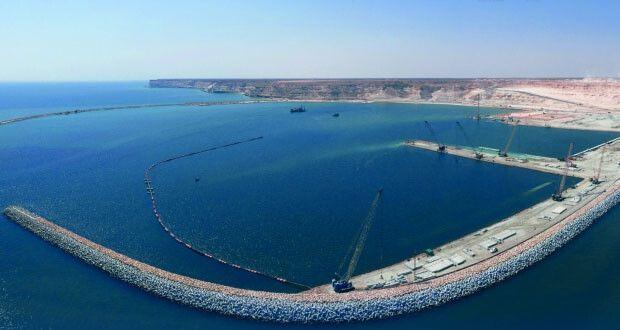 نسبة الإنجاز في مشروع ميناء الصيد البحري بالدقم تصل إلى 84 في سلطنة عمان Structures