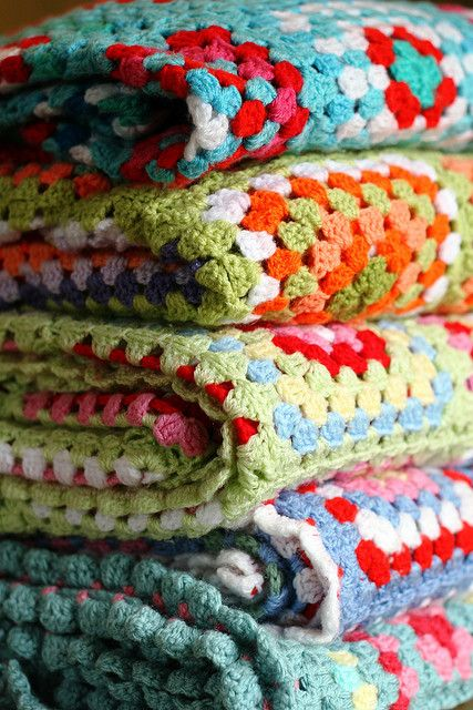 blankets and blanketsCrochet Blankets, Granny Squares Blankets, Colors Combos, Vw Campers, Crochet Afghans, Granny Squares Afghans, Granny Chic, Colors Combinations, Bright Colors