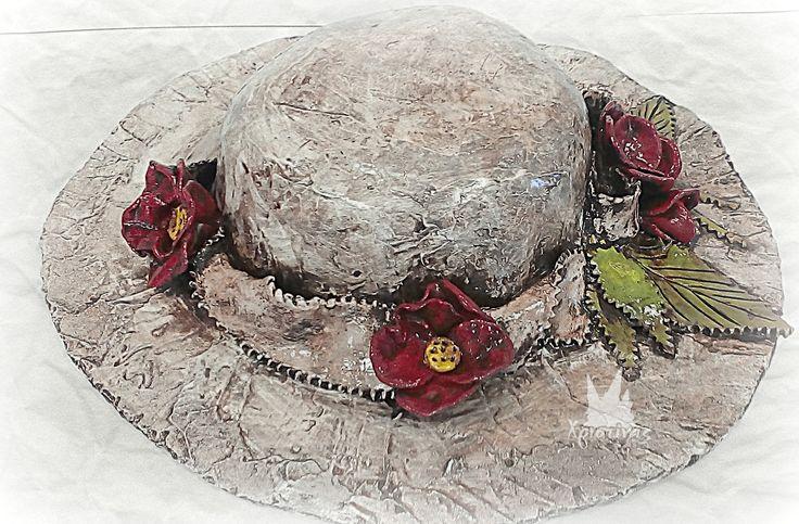 Διακοσμητικό καπέλο με γυψόγαζα και πηλό!