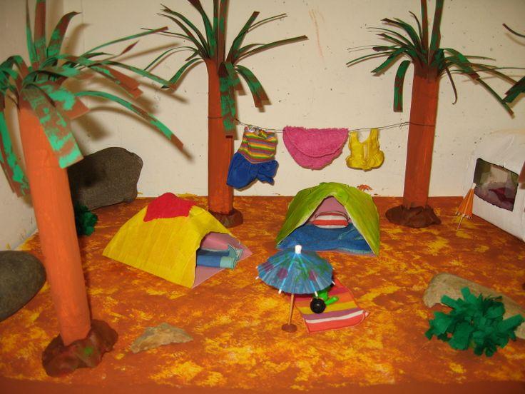 camping speeltafel 05 Nutsschool Maastricht. Gemaakt met playmobil.