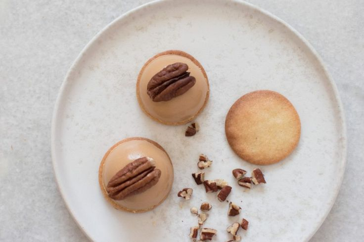 Forfriskende petits fours med Dulcey ganache