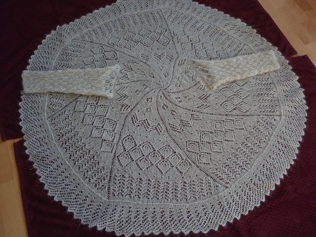 Ravelry: Honeysuckle pattern by Sarah Hatton