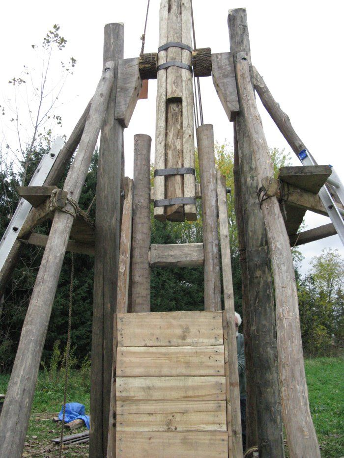 The Trebuchet - By Lord Duncan Gabh MacLeod and Lord Edhan Espoir DeBruce