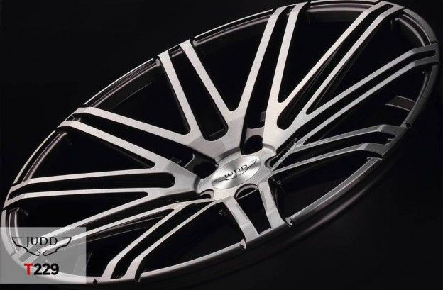 Saab 9-5 NG on Judd T229s (22″) Wheels http://www.saabplanet.com/saab-9-5-ng-on-judd-t229s-22-wheels/